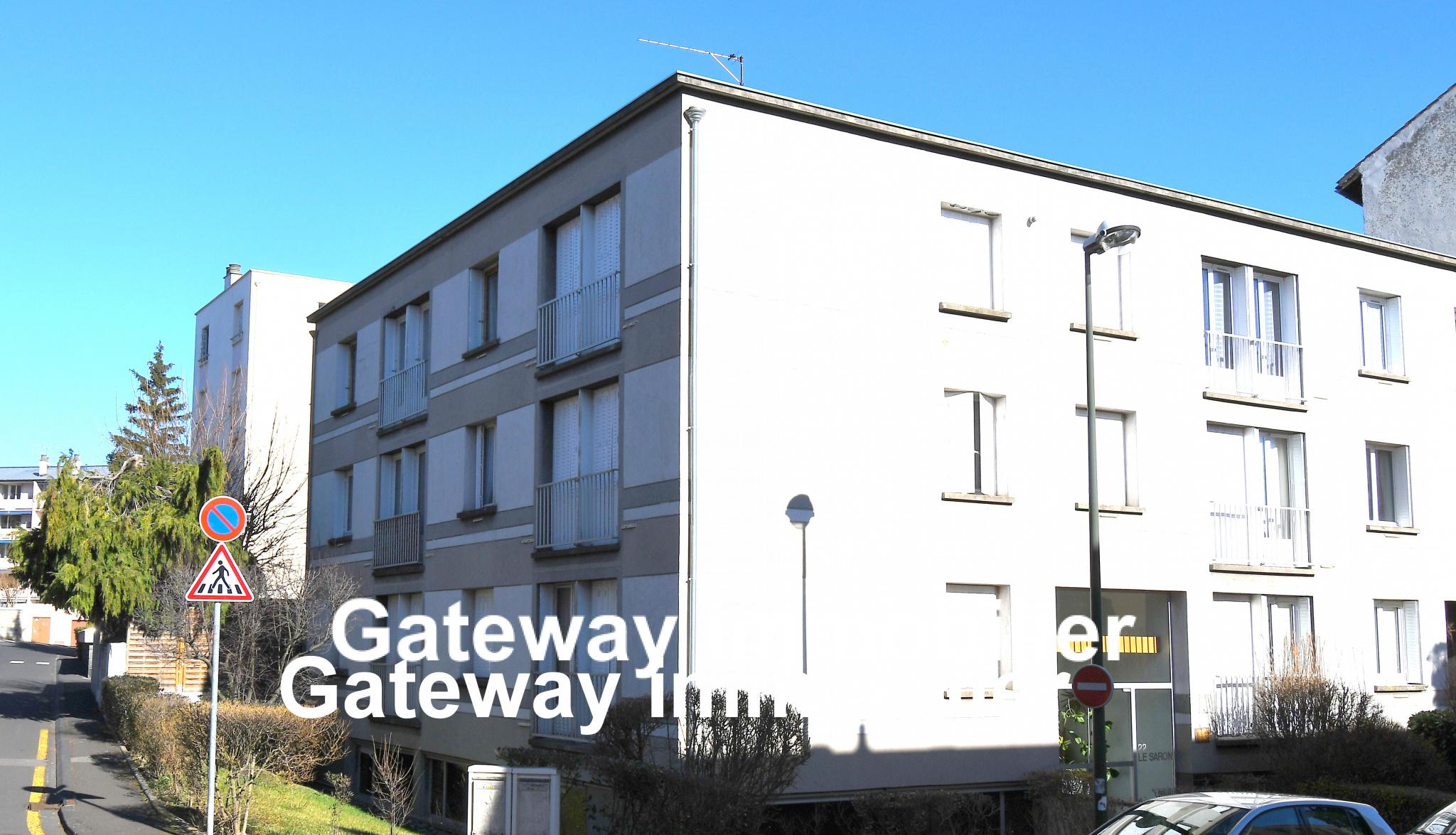 LOCAL PROFESSIONNEL de 92 m2 proche Banque de France à Chamalières 126000