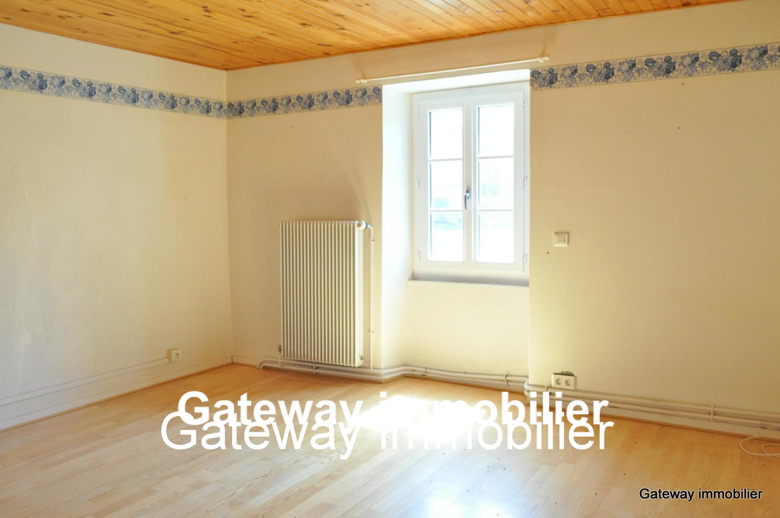 Vente maison du 19eme siecle 150 m2 63320 st nectaire for Prix maison 150 m2
